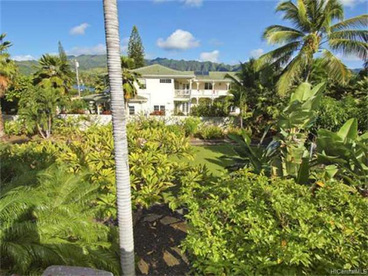 316 Portlock Rd Honolulu HI. Photo 2 of 10