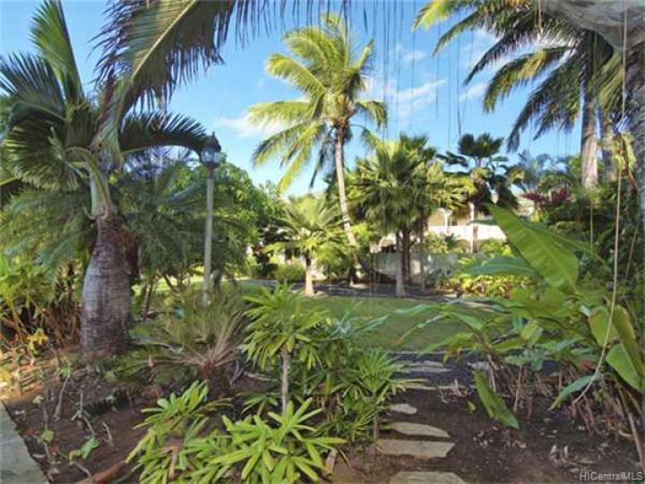 316 Portlock Rd Honolulu HI. Photo 3 of 10