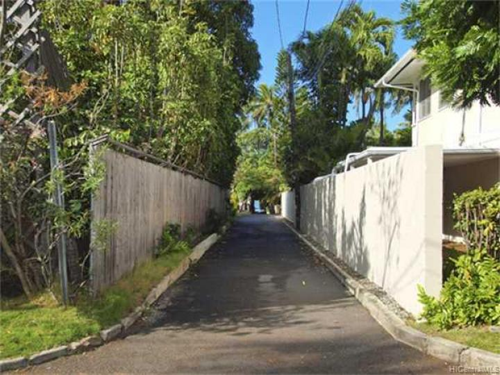 316 Portlock Rd Honolulu HI. Photo 7 of 10