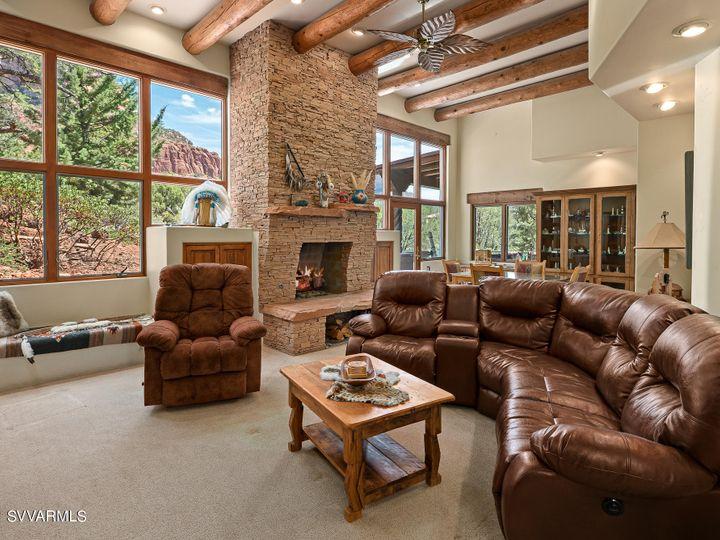 320 Acacia Sedona AZ Home. Photo 6 of 8