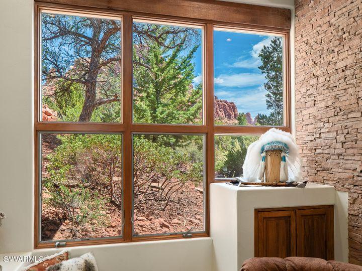 320 Acacia Sedona AZ Home. Photo 7 of 8