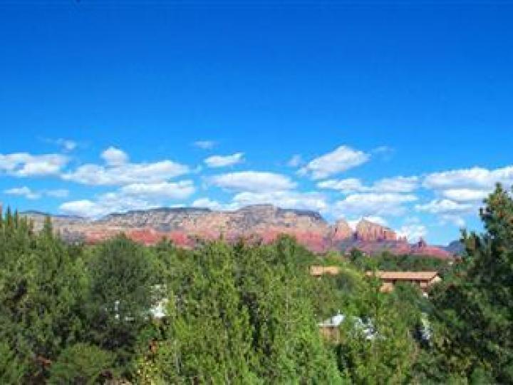 35 Monte Verde Dr Sedona AZ Home. Photo 9 of 12
