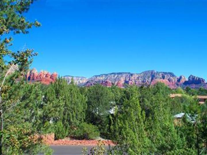 35 Monte Verde Dr Sedona AZ Home. Photo 10 of 12