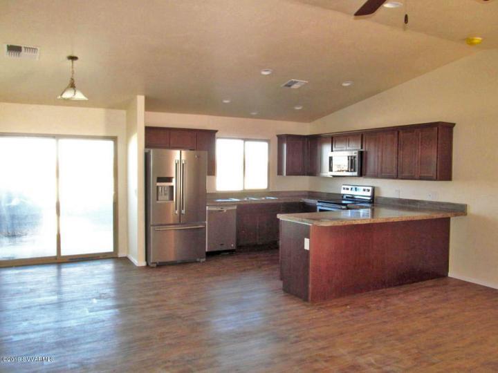 365 Cliffs Pkwy #1, Camp Verde, AZ, 86322 Townhouse. Photo 3 of 5