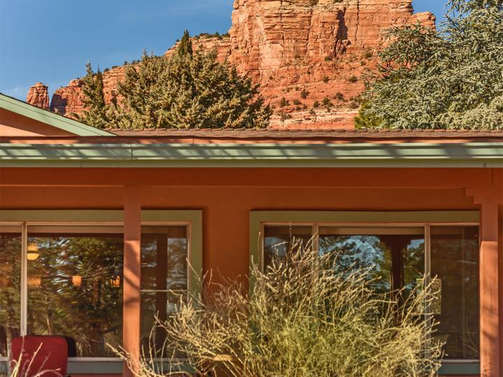 365 Fairway Oaks Dr Sedona AZ Home. Photo 1 of 34