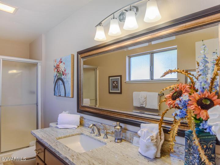 365 Fairway Oaks Dr Sedona AZ Home. Photo 21 of 34