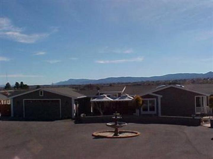 3885 E Zalesky Rd Cottonwood AZ Home. Photo 2 of 11