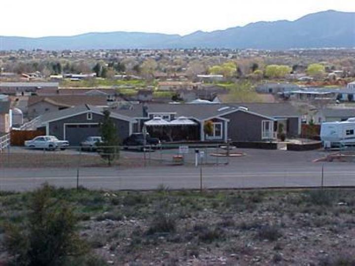 3885 E Zalesky Rd Cottonwood AZ Home. Photo 3 of 11
