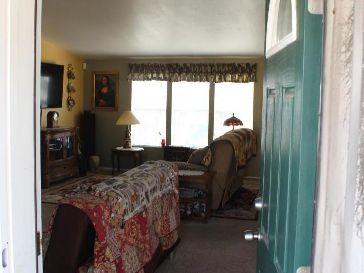 3901 Mountain View Rd Rimrock AZ Home. Photo 8 of 63
