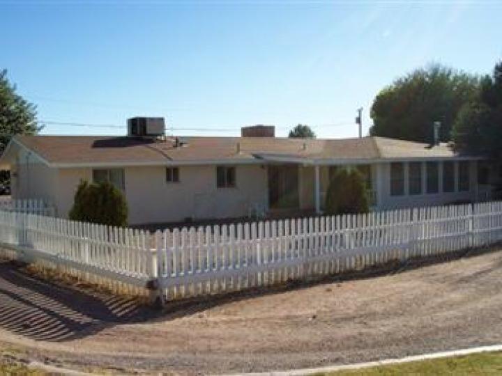 3976 E Lakeshore Dr Rimrock AZ Home. Photo 2 of 3