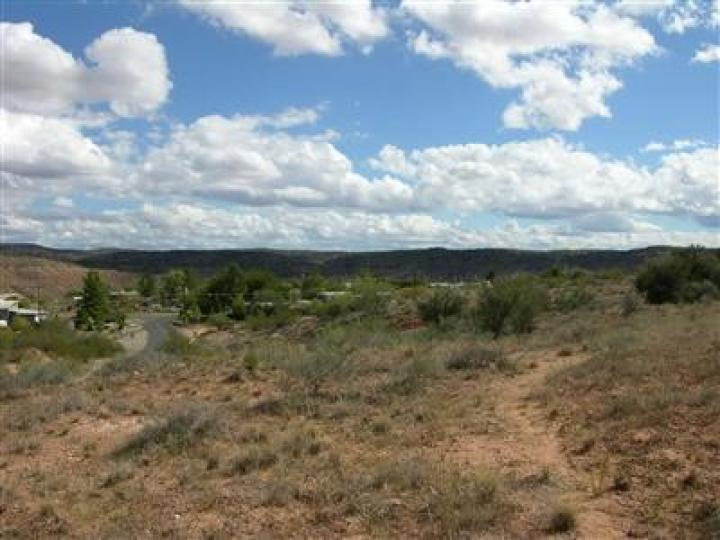 4 Loy Rd Cornville AZ Home. Photo 2 of 2