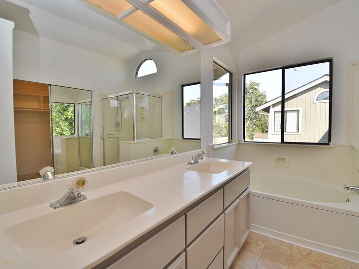 412 Marna Dr Vacaville CA Home. Photo 26 of 39
