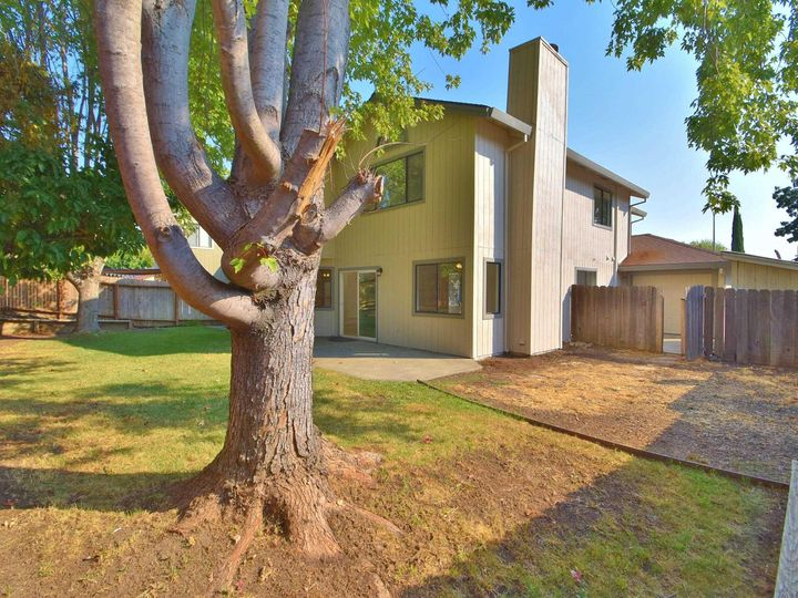 412 Marna Dr Vacaville CA Home. Photo 32 of 39