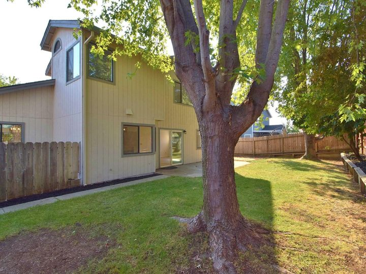 412 Marna Dr Vacaville CA Home. Photo 36 of 39