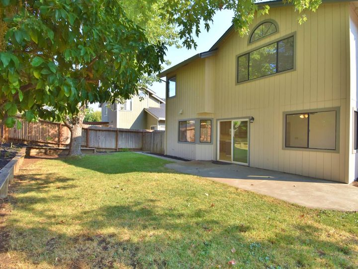 412 Marna Dr Vacaville CA Home. Photo 9 of 39