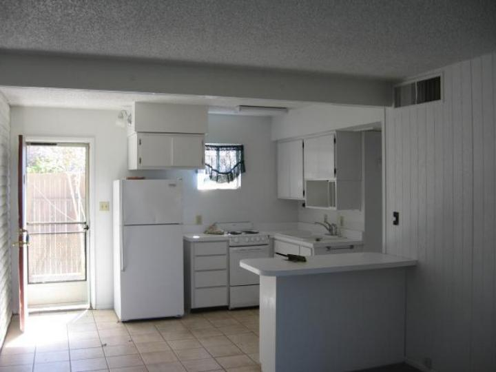 Rental 4140 E Cliffside Trl, Rimrock, AZ, 86335. Photo 2 of 3