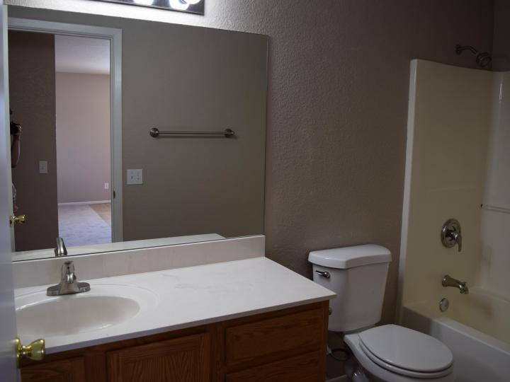 4203 Commercial Way Rimrock AZ Home. Photo 13 of 19