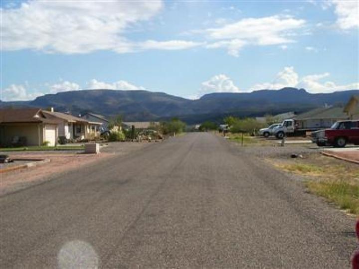 4370 E Canyon Dr Camp Verde AZ Home. Photo 3 of 6