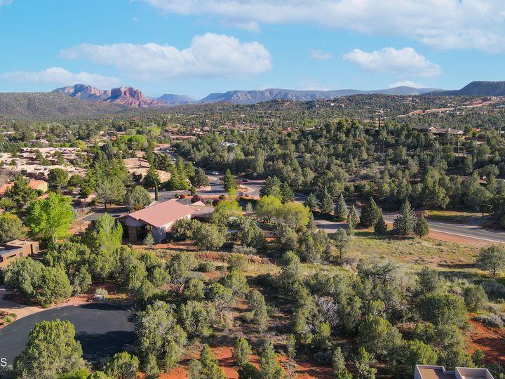 45 S Roan Ct Sedona AZ Home. Photo 3 of 8