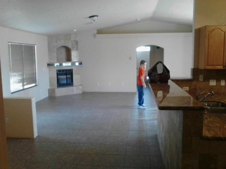 Rental 4780 E Goss Rd, Rimrock, AZ, 86335. Photo 3 of 5