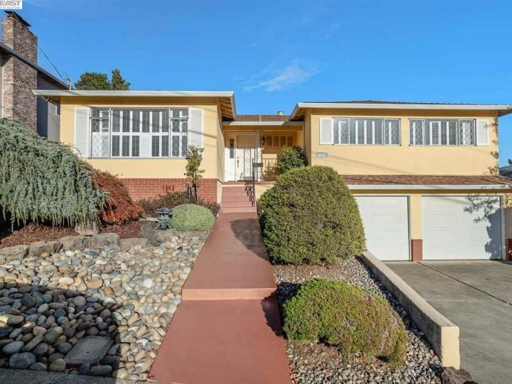 5026 Tyler Ln Castro Valley CA Home. Photo 1 of 37