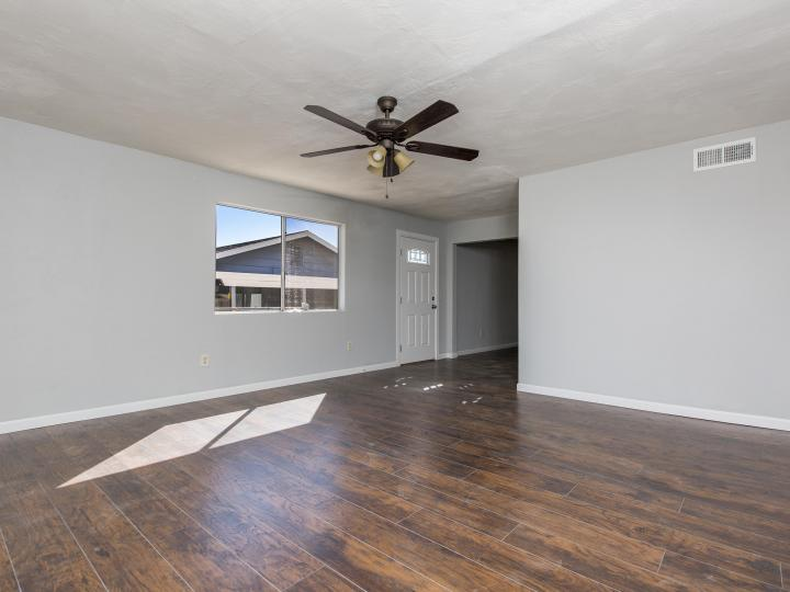 512 N 3rd St Clarkdale AZ Home. Photo 6 of 18