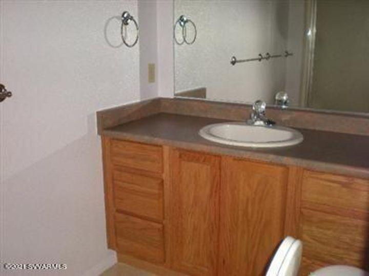 522 Main St Clarkdale AZ Home. Photo 6 of 26