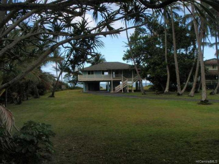 Rental 53-127 Kamehameha Hwy, Hauula, HI, 96717. Photo 4 of 10