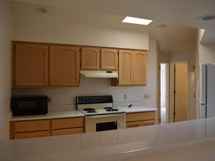 570 S Sawmill Gardens Dr, Cottonwood, AZ, 86326 Townhouse. Photo 6 of 24