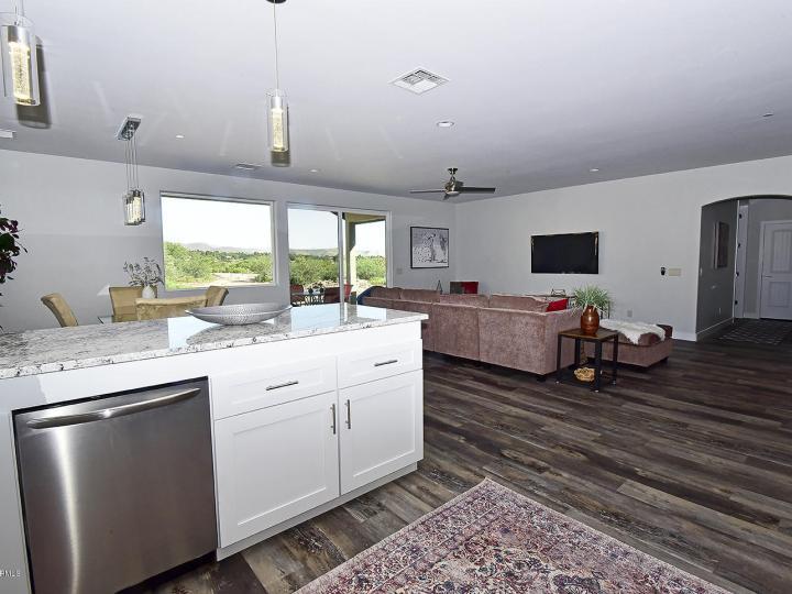 570 Skyline Blvd Clarkdale AZ Home. Photo 14 of 31