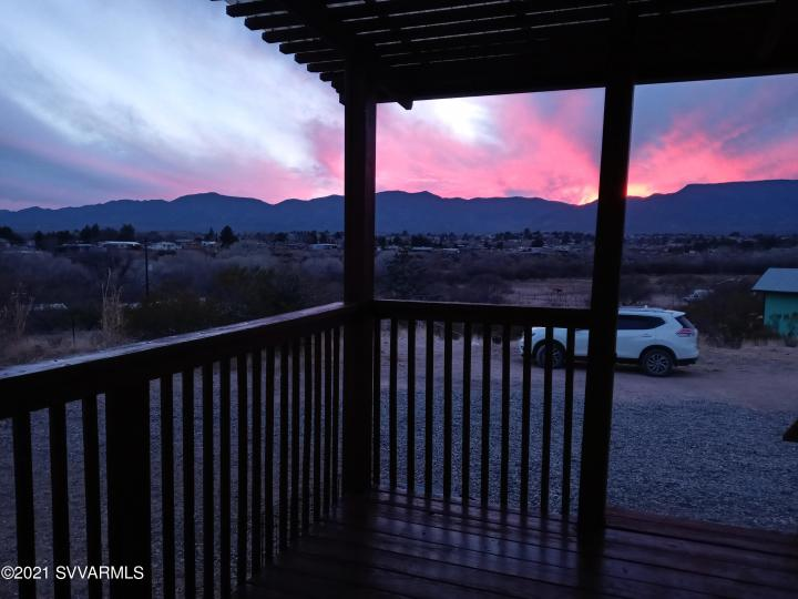 5735 E Lux Ln Cottonwood AZ Home. Photo 3 of 21