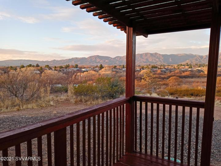 5735 E Lux Ln Cottonwood AZ Home. Photo 4 of 21