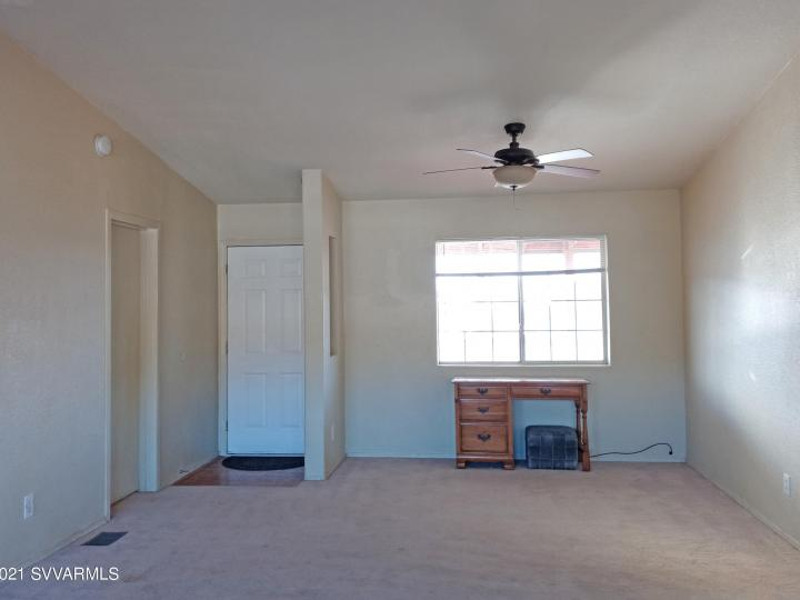 5735 E Lux Ln Cottonwood AZ Home. Photo 6 of 21