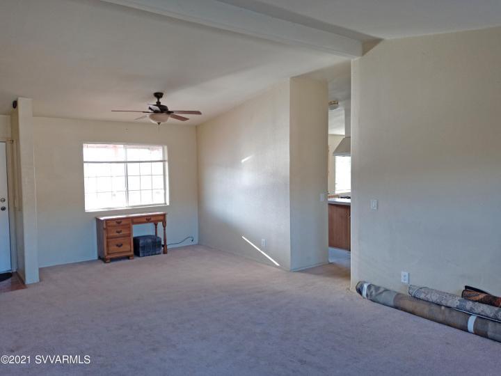 5735 E Lux Ln Cottonwood AZ Home. Photo 7 of 21