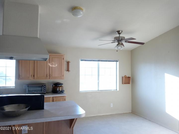 5735 E Lux Ln Cottonwood AZ Home. Photo 9 of 21