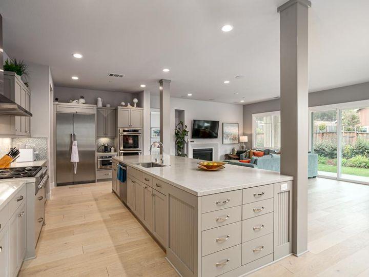 701 Upper Terrace Ave Half Moon Bay CA Home. Photo 10 of 40