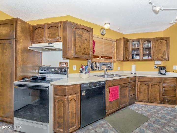 724 W Mesa Ln Camp Verde AZ Home. Photo 8 of 37