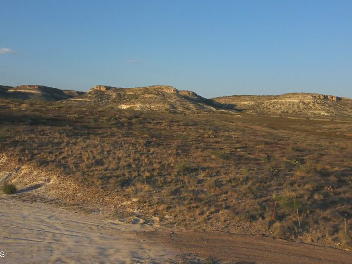 785 Mccracken Ln Camp Verde AZ Home. Photo 8 of 14