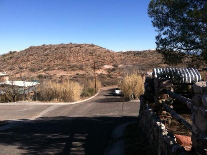 Rental 800 Calle Tomallo, Clarkdale, AZ, 86324. Photo 2 of 9
