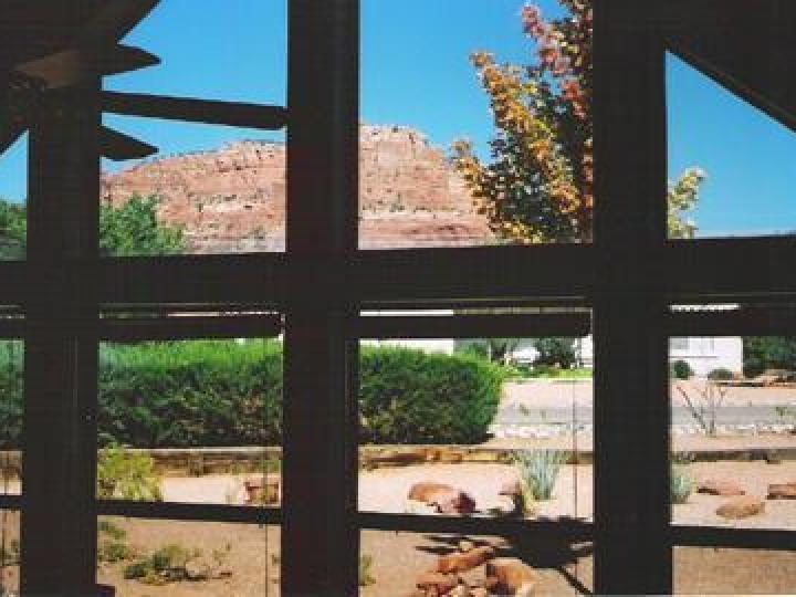 84 Apache Ln Sedona AZ Home. Photo 5 of 8