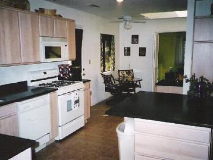 84 Apache Ln Sedona AZ Home. Photo 7 of 8