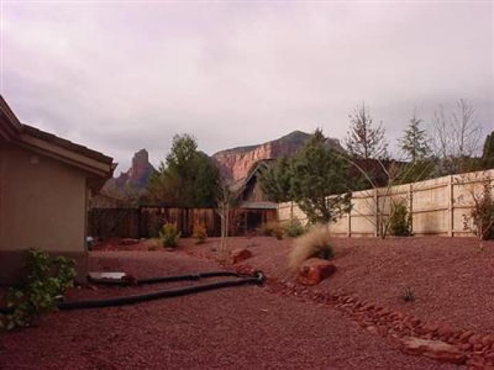 84 Broken Lance Cir Sedona AZ Home. Photo 12 of 16