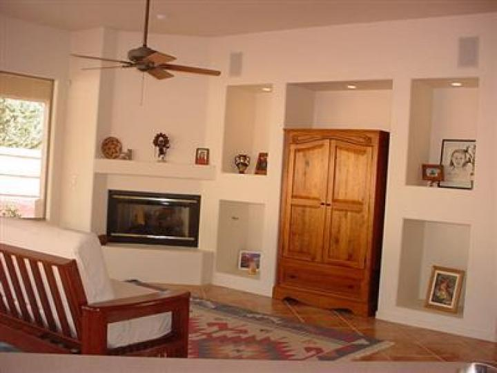 84 Broken Lance Cir Sedona AZ Home. Photo 15 of 16