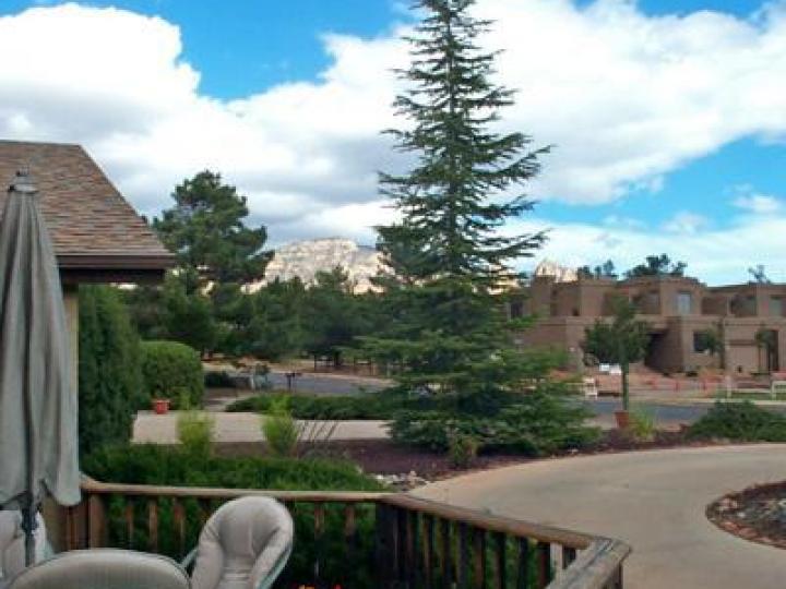 85 Posse Grounds Rd Sedona AZ Home. Photo 8 of 14