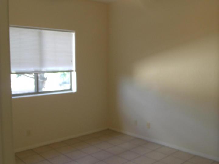 Rental 886 E Ash Dr, Cottonwood, AZ, 86326. Photo 13 of 18