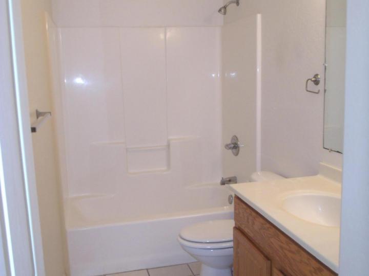 Rental 886 E Ash Dr, Cottonwood, AZ, 86326. Photo 9 of 18