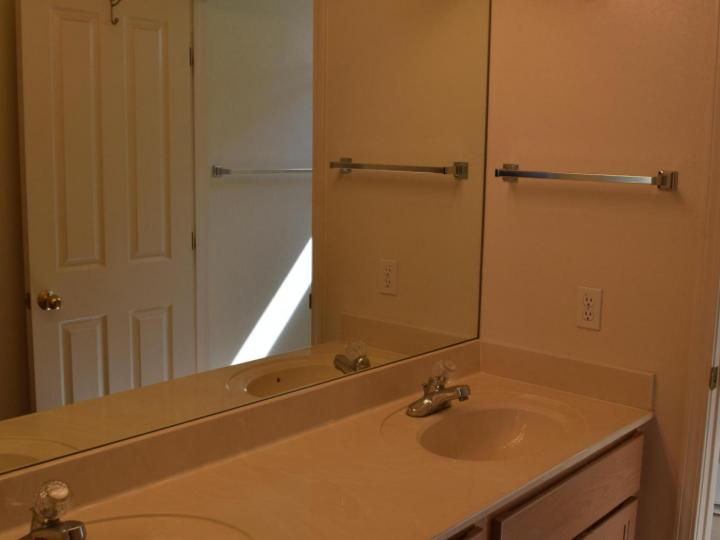 Rental 889 S Crestview Ct, Cottonwood, AZ, 86326. Photo 9 of 12