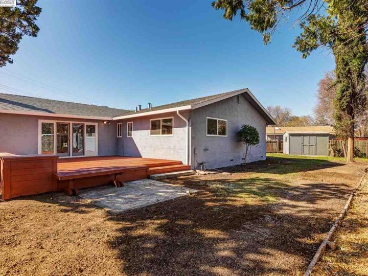 982 Treg Ln Concord CA Home. Photo 22 of 23
