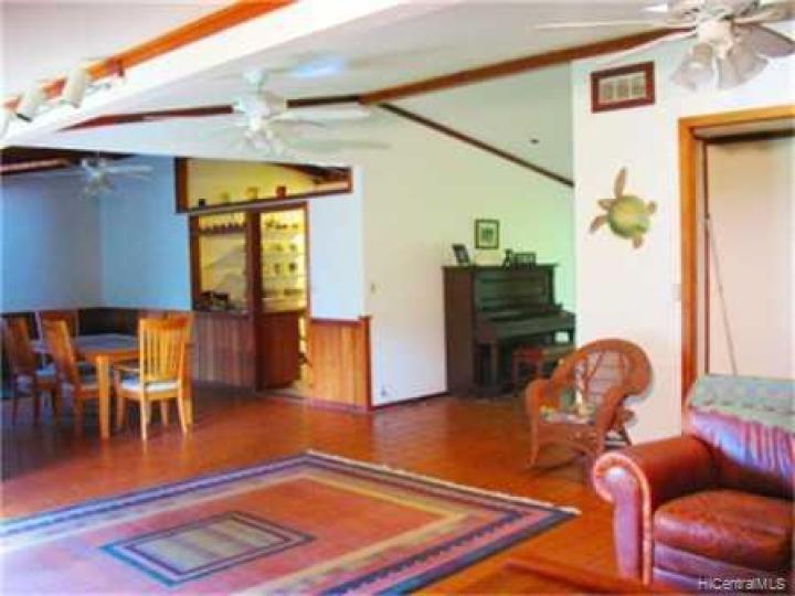 Kailua HI Home. Photo 3 of 10