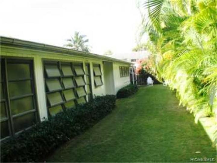Kailua HI Home. Photo 7 of 10